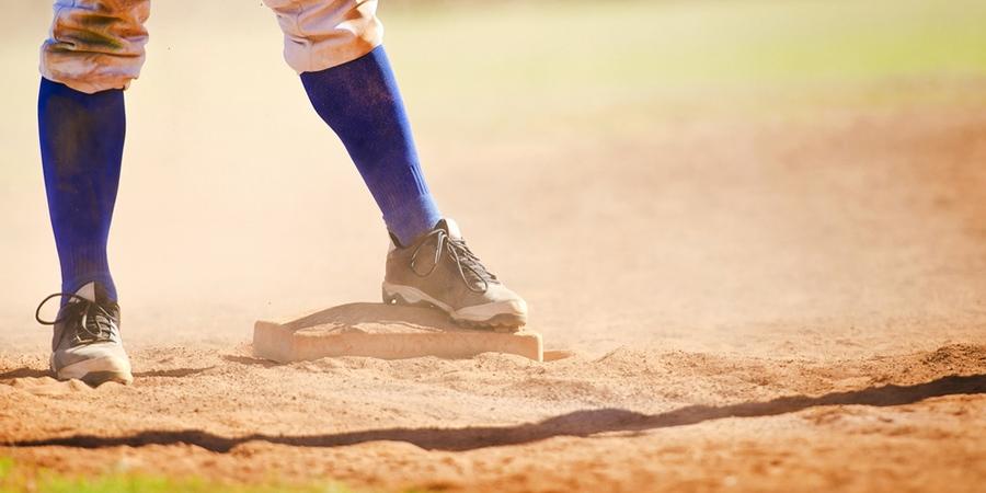bottom of baseball cleats