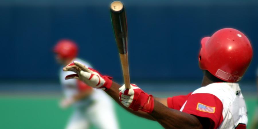 Best Batting Gloves for Baseball & Softball in 2021 1