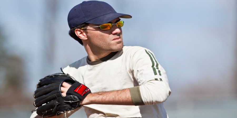 what sunglasses do mlb players wear